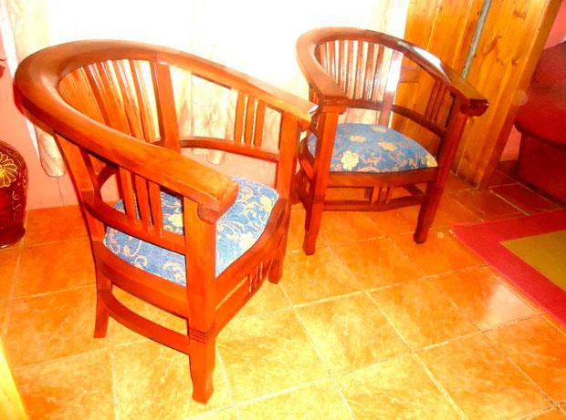 Remate muebles madera y maquinarias padre las casas for Remate de muebles